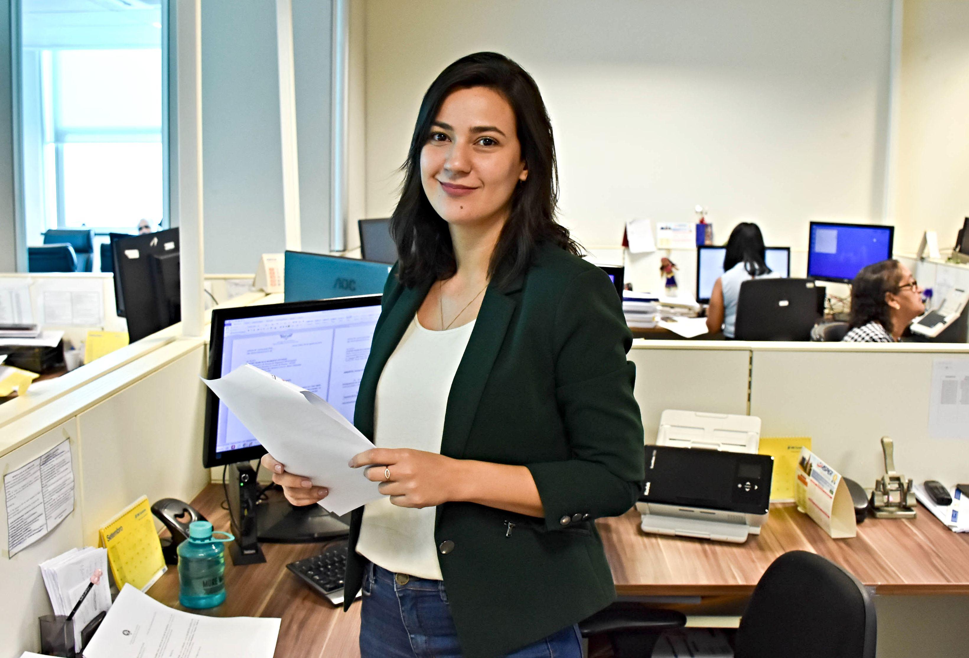 Priscila Lopes: a administradora que faz a diferença por meio do seu trabalho.